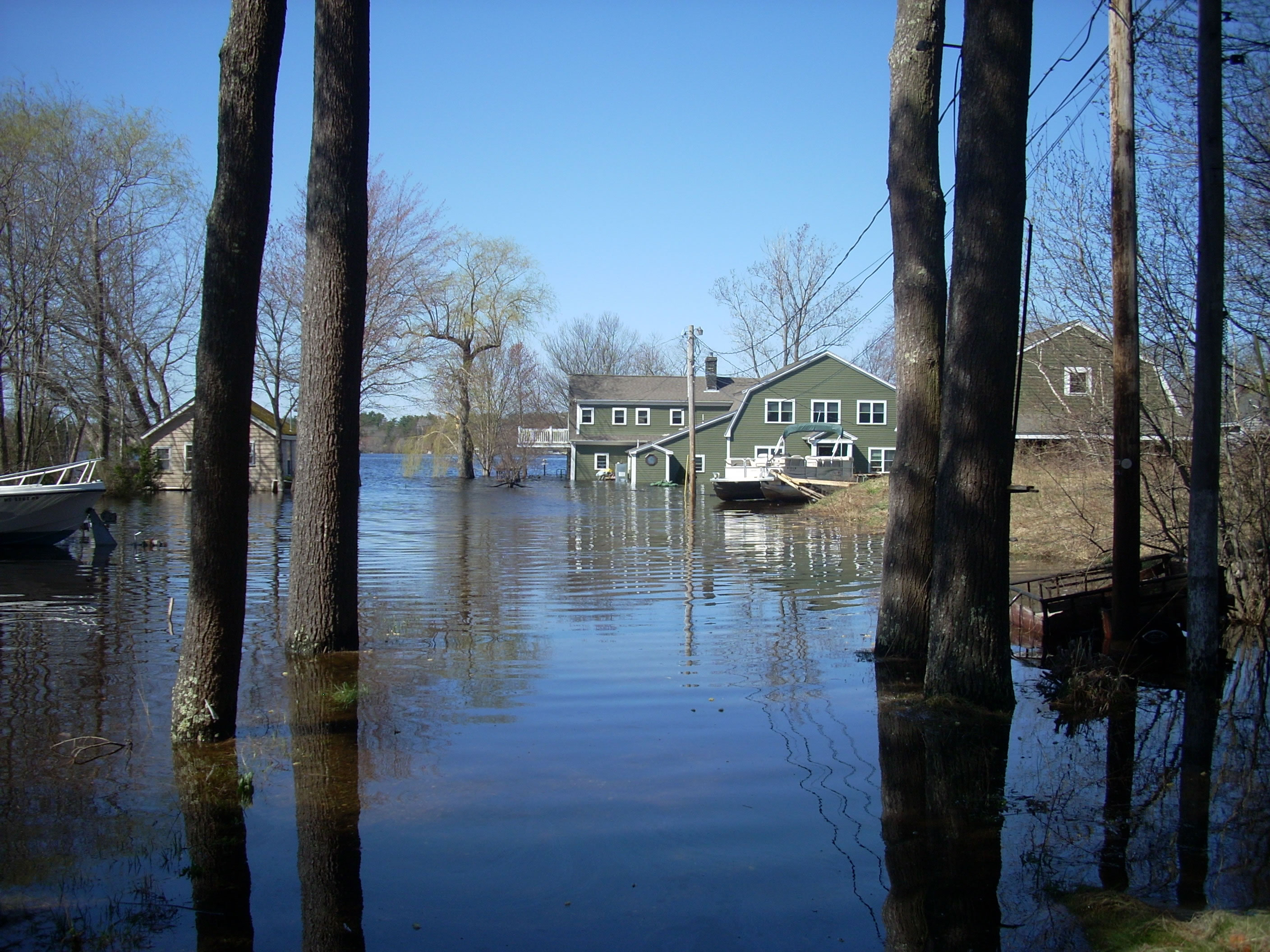 A photo of the Lakeville Flood near the Boatlanding